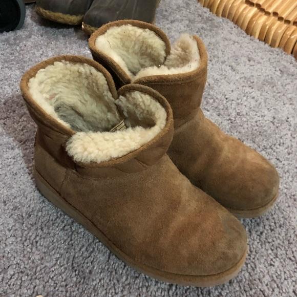 58b5c2fc67b7 UGG Shoes | Little Girls Sz 1 Katalina Short Boot Chestnut | Poshmark